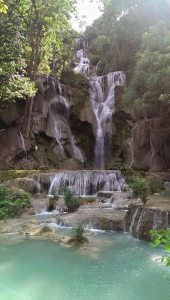 blog3 kuang si waterfall