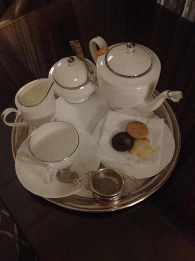 Tea in the room thanks to the Draycott Hotel