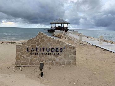 Latitudes Bar